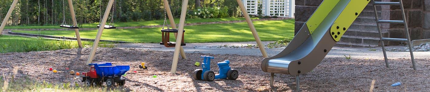 Aurinkolinna palvelut lasten leikkipaikka